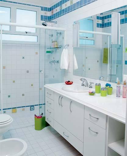 Organize o banheiro colocando cada coisa em seulugar